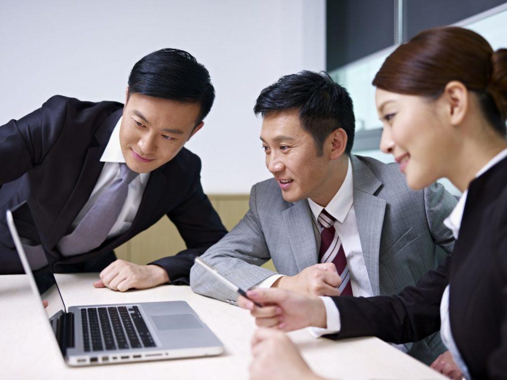 Nhân viên chăm sóc khách hàng hiệu quả cho doanh nghiệp - Livestream