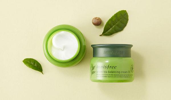 kem-duong-am-da-Innisfree-Green-Tea-Seed-Cream